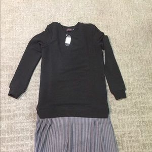 Dresses & Skirts - NWT Sweater Black and Gray Fran Dress- XS